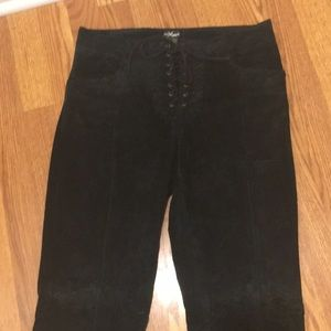 Wilson's Leather 100% Suede Pants. Size 10